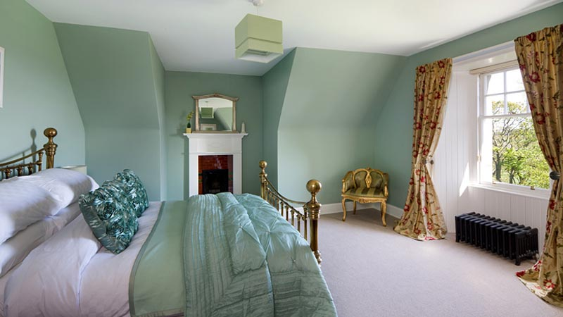 amber room orange room mint room pink room yellow room green room blue